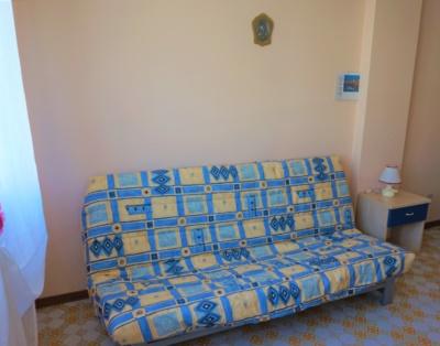 Dettaglio divano modificato